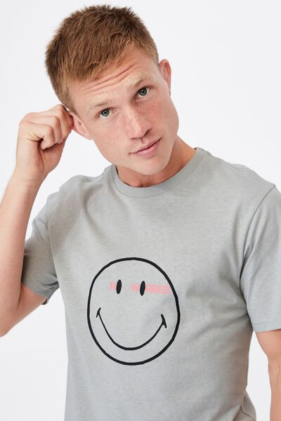 Tbar Collab Pop Culture T-Shirt, LCN SMI BLUE HAZE/SMILEY-NO WORRIES