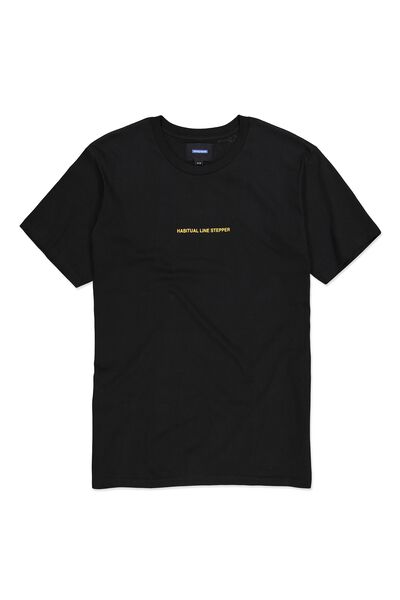 Ae Dylan Tee, BLACK/HABITUAL LINE STEPPER