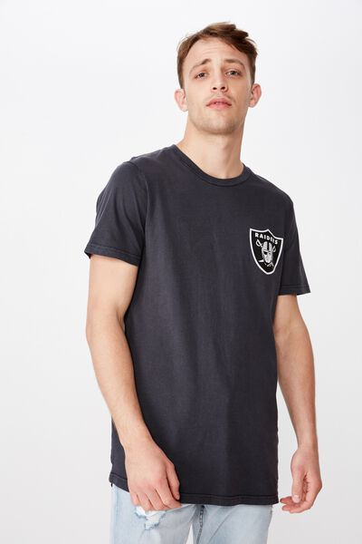 0fc58867b34a Mens T-Shirts, Graphics, Band Tees & Long Sleeve Tees | Cotton On