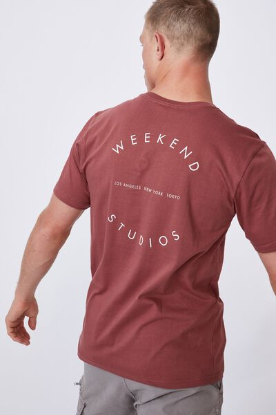 Tbar Text T-Shirt, OX BLOOD/WEEKEND COMPASS
