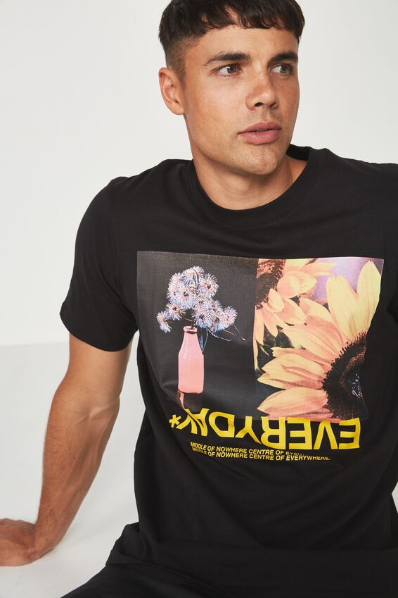 Tbar Tee 2, BLACK/MIDDLE OF NOWHERE