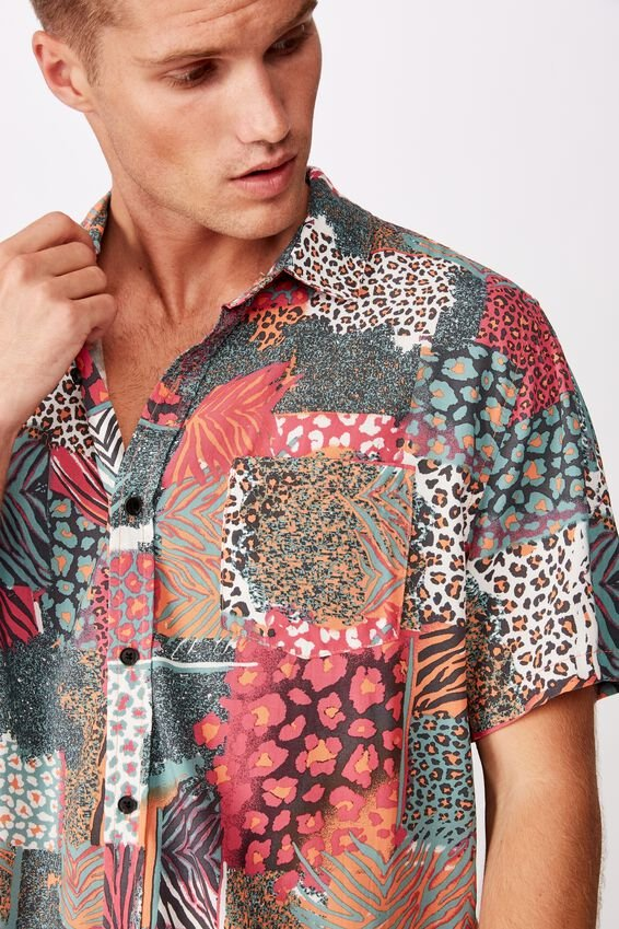 91 Short Sleeve Shirt, ANIMAL PATCH WORK