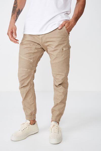 932c19988b59d7 Men's Jogger Pants - Jean Joggers & More | Cotton On