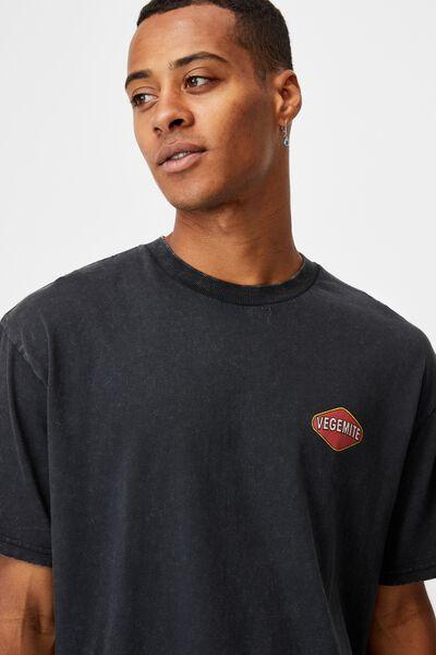 Special Edition T-Shirt, LCN VEG WASHED BLACK/VEGEMITE-JAR