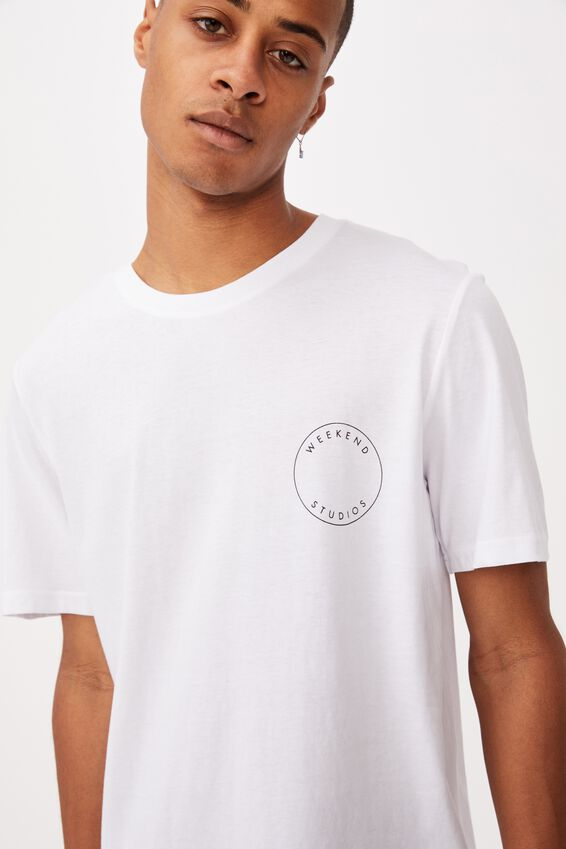Tbar Street T-Shirt, WHITE/WEEKEND STUDIOS CIRCLE