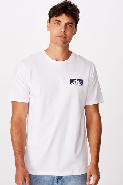 Tbar Souvenir T-Shirt, WHITE/MTN.PERFORMANCE