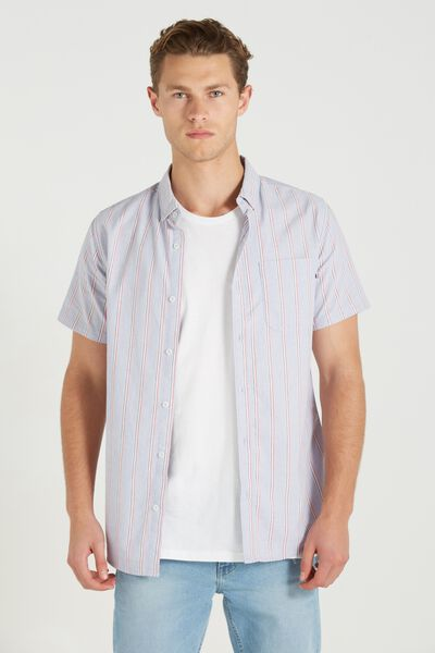 Men's Short Sleeve Shirts - Button Up & More | Cotton On