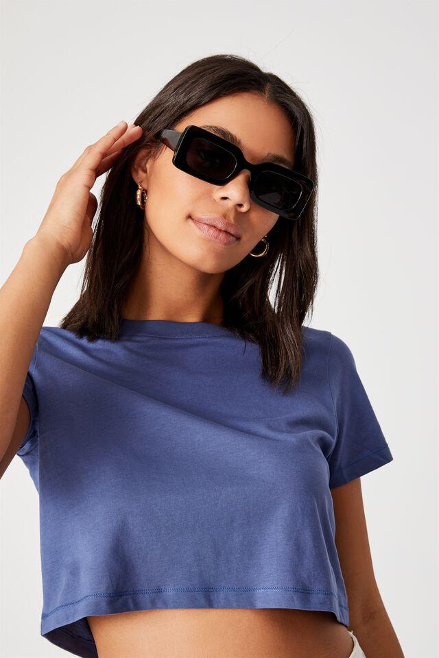 Gigi Square Sunglasses, BLACK