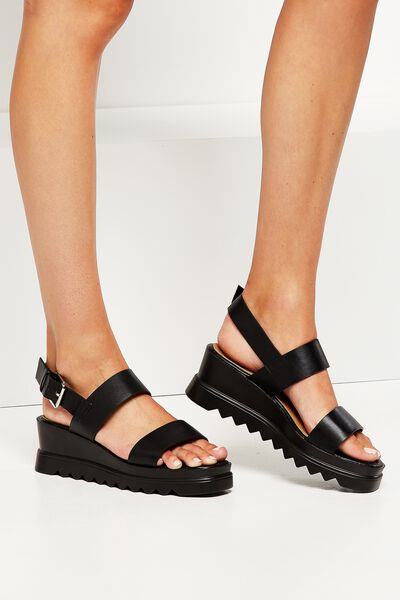 Helsinki Cleated Wedge, BLACK
