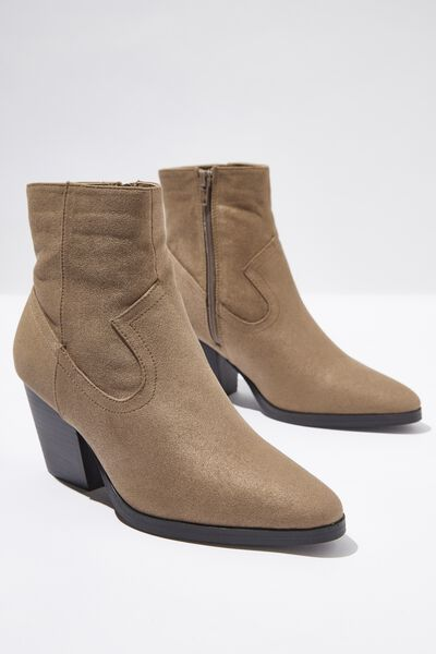 Austin Boot, TAUPE