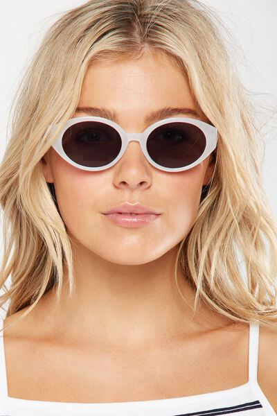 Charlotte Oval Sunglasses, MILKY WHITE