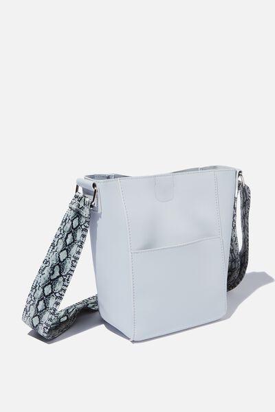 82c850dce3 Women s Bags   Wallets