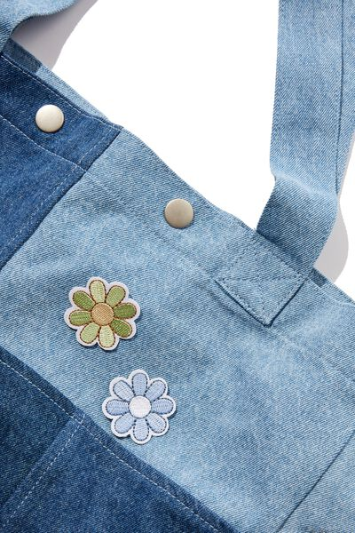 2Pk Embroidered Patches, BLUE & GREEN DAISY