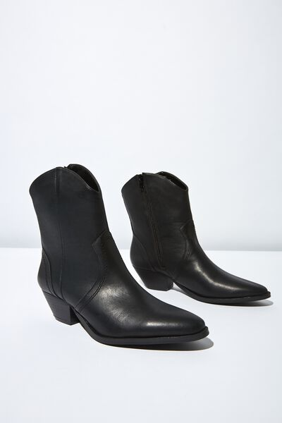 c02e1e041 Women's Shoes - Boots, Flats, Heels & More | Cotton On
