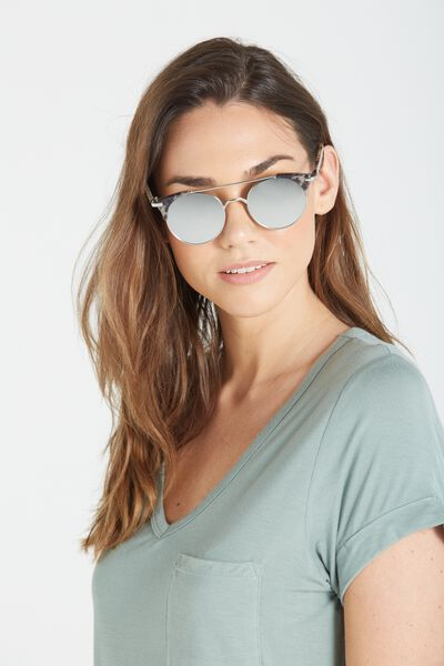 Florence Top Bar Sunglasses, S.SILVER W/S.MILKY DOESKIN