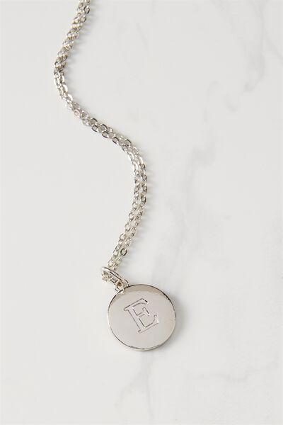 Letter Flat Pendant Necklace, SILVER - E