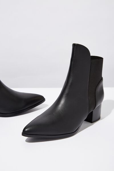 Ashley Pointed Gusset Boot, BLACK SMOOTH