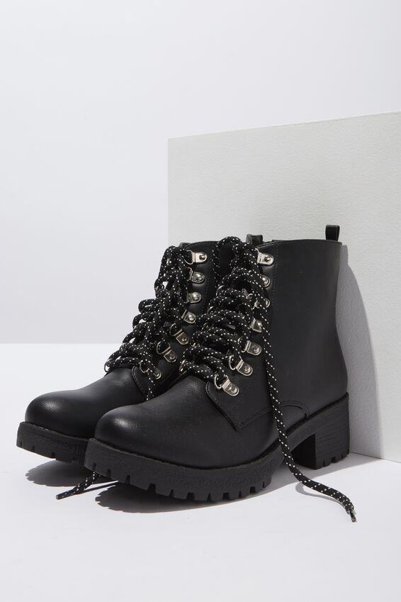 Kenickie Hiking Boot, BLACK