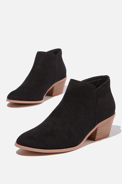 Caroline Boot, BLACK