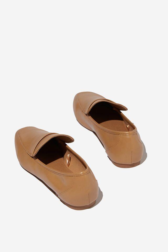 Classic Slim Loafer, CAMEL PU