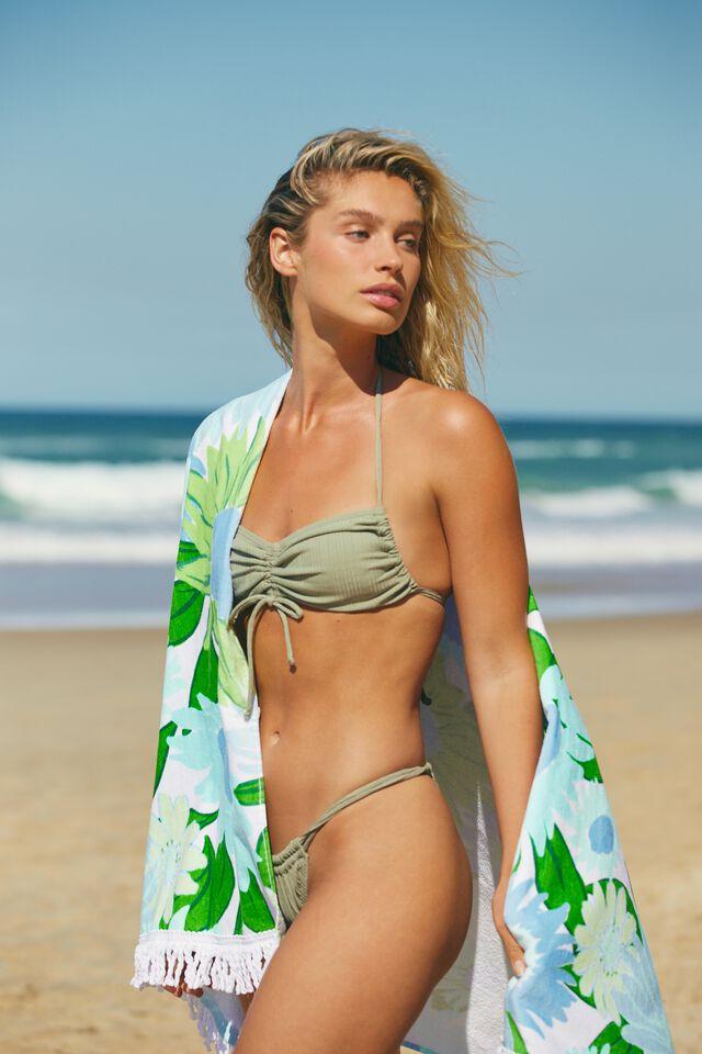 Bondi Rectangle Towel, SKYLIGHT BLUE SUNNY RETRO FLORAL
