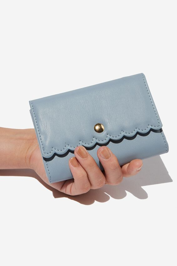 Scalloped Edge Wallet, LIGHT BLUE