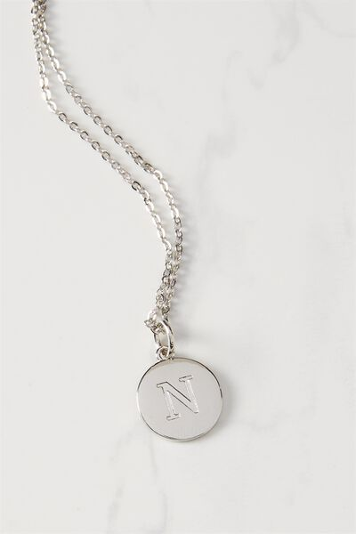 Letter Flat Pendant Necklace, SILVER - N