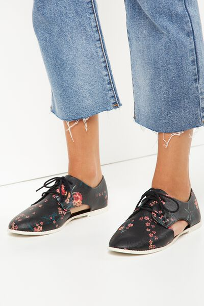 Cara Cut Out Lace Up, BLACK NIGHT GARDEN FLORAL