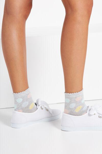 Scallop Trim Sock, GELATI SPOT