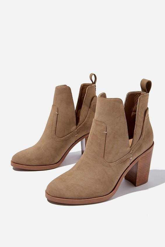 Nala Cut Out Boot, TAUPE