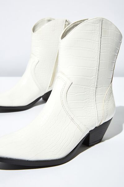 Larissa Western Boot, WHITE CROC EMBOSS PU