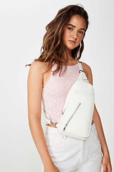 On The Run Backpack, WHITE