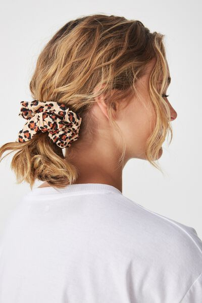 Luxe Scrunchie, BROWNS PLEATED LEOPARD