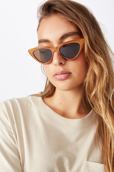 Narrah Short Frame Cateye Sunglasses, MILKY RUST