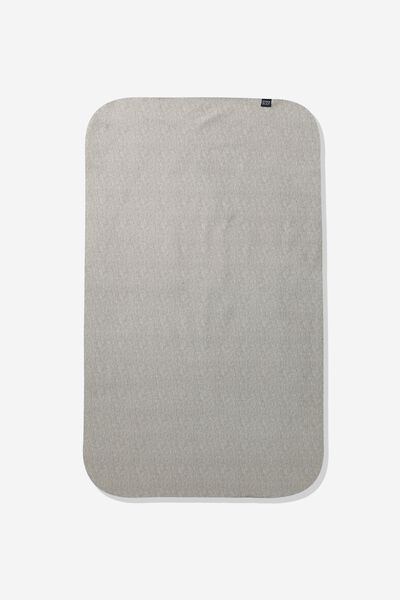 Sweat It Out Towel, GREY MARLE