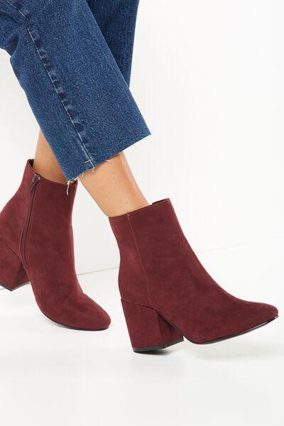 Woman Choice Flat Shoes Develop 31 Sepatu Balet Hitam. Source · Cylindrical Heel Sandals.