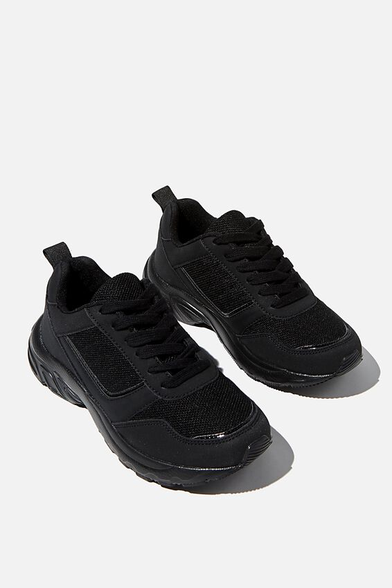 Blake Dad Trainer, BLACK BLACK