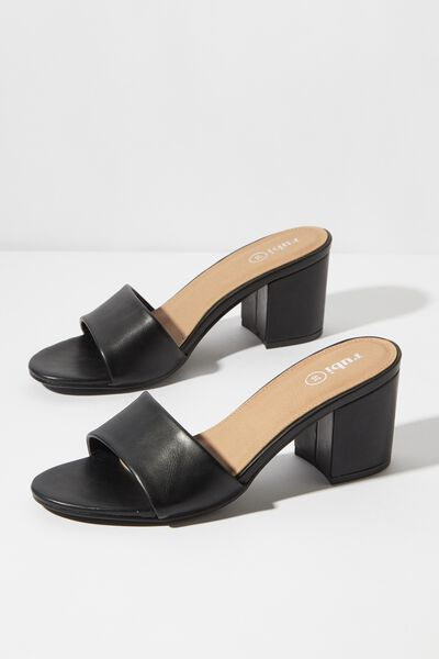 Claudia Heel, BLACK SMOOTH