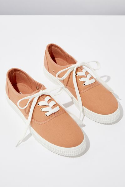 Casey Creeper Plimsoll, FUDGE