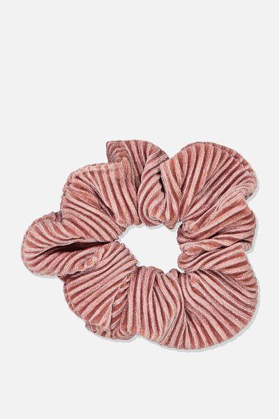 Luxe Scrunchie, ROSE TAN VELVET PLEAT