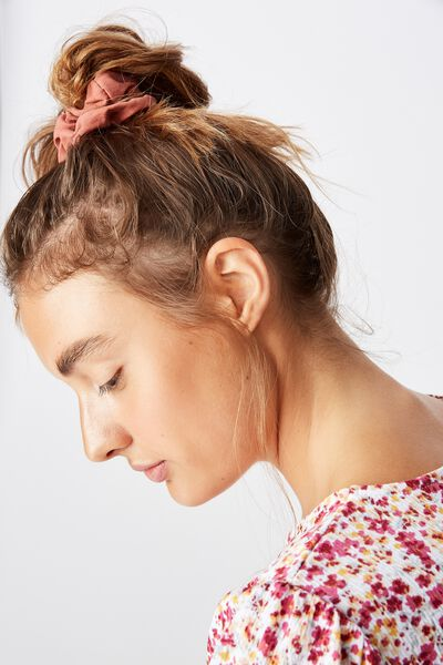 So Me Scrunchie, RUST SOFT BRUSHED