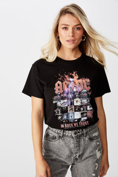 The Kendall Graphic Tee, BLACK/LCN PER IN ROCK WE TRUST