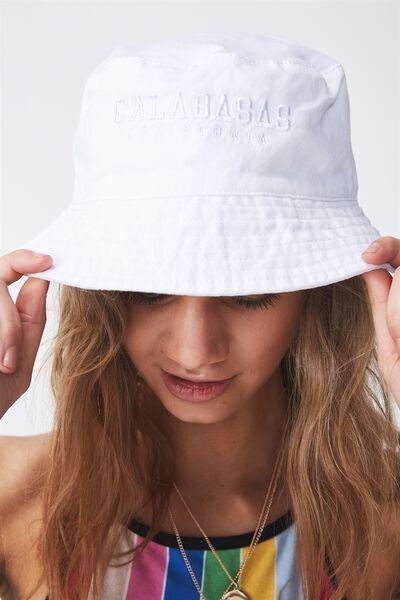 Bucket Hat, CALABASAS