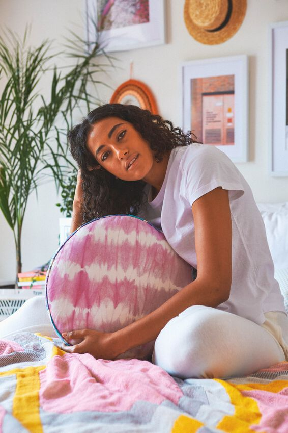 Canvas Cushy Cushion, CIRCLE PATCHWORK
