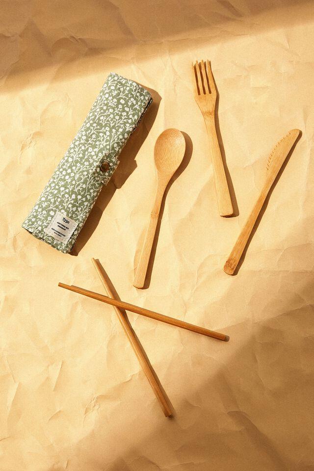 Cut My Lunch Cutlery Roll, GUM LEAF MEADOW DITSY
