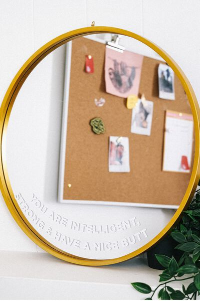 Shaped Mirror, CIRCLE QUOTE!
