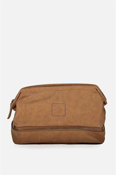 Debonair Wash Bag, MID TAN BADGE
