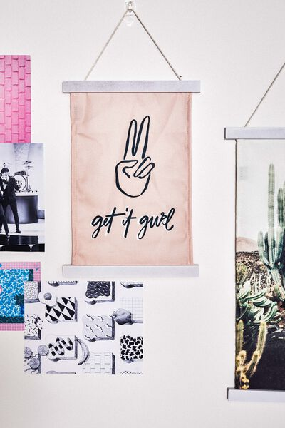 Small Poster Wall Hanging, GET IT GURL