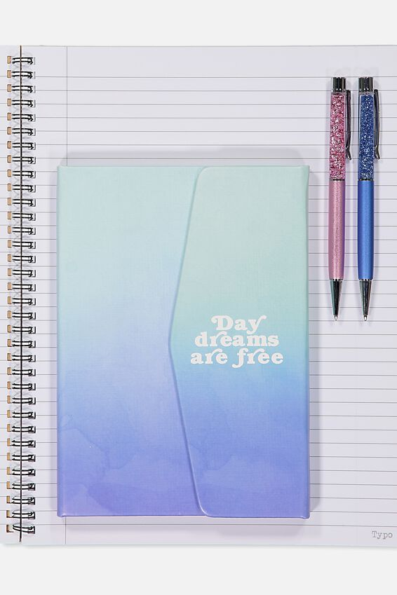 Medium Magnetic Close Journal, DAY DREAMS ARE FREE