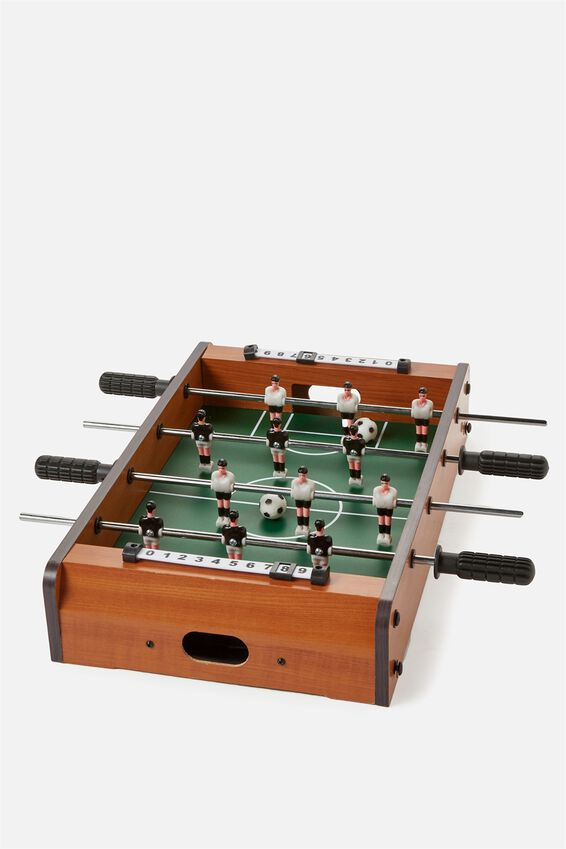 Large Foosball Game, MULTI